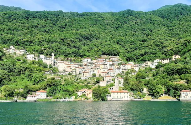 Village on Como Lake borgo sul Lago di Como